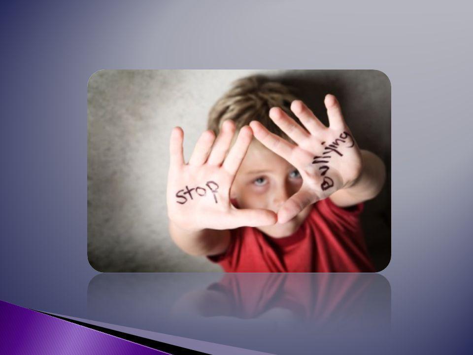  Είναι άτομα αγχώδη, ευαίσθητα, ήσυχα, με χαμηλή αυτοεκτίμηση, αντιδρούν με κλάμα και φυγή σε αυτούς που τους επιτίθενται.