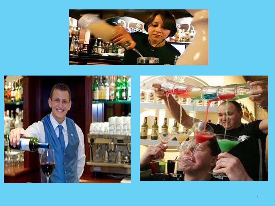 Φύλλο Εργασίας Ερωτήσεις 1.Τι ονομάζουμε Μπαρ και από πού πήρε το όνομα αυτό; 2.Ποιος είναι ο σκοπός ενός μπαρ σε μια ξενοδοχειακή μονάδα και πόσα είδη μπαρ υπάρχουν; 1.Ονομάστε τη ιεραρχία του μπαρ.