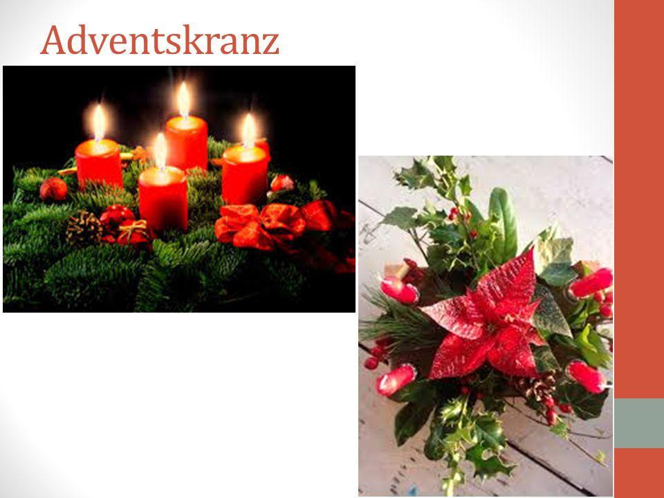 Επίσης, στη Γερμανία συναντάται συχνά το έθιμο του λεγόμενου Adventskranz. Πρόκειται για ένα κηροπήγιο από κλαδιά ελάτου που είναι πλεγμένα έτσι ώστε