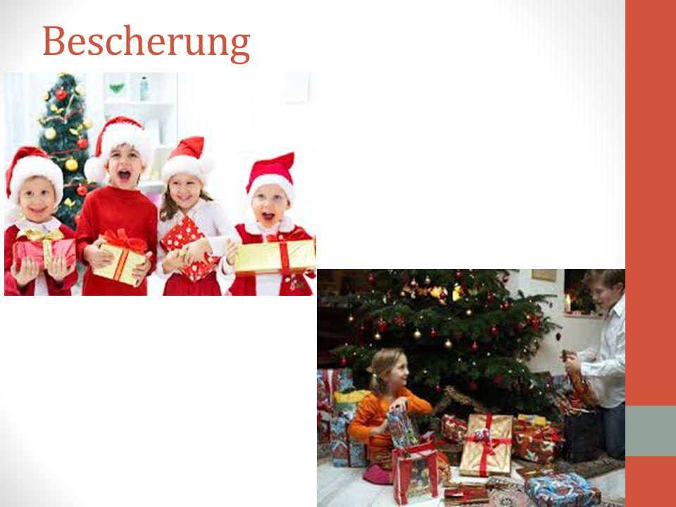 Σε όλα τα σχολεία από το νηπιαγωγείο ως το γυμνάσιο γίνεται Χριστουγεννιάτικη εορτή με θεατρική παράσταση, ενώ τα παιδιά ανταλλάζουν δώρα. Το έθιμο αυ