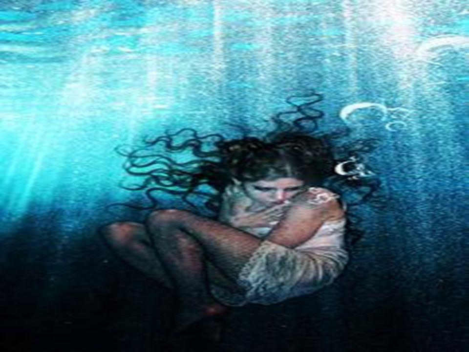 κι ὅ ταν χορτάτα δυστυχι ὰ τ ὰ μάτια μου ζαλεύουν, ἀ ργά, κι ὀ νείρατα σκληρ ὰ τ ὴ ν ξαναζωντανεύουν, κα ὶ μέσα στ ᾿ ἄ γριο πέλαγο τ ᾿ ἀ στροπελέκι σκάει, κι ἡ θάλασσα ν ὰ καταπιε ῖ τ ὴ ν κόρη ἀ ναζητάει,