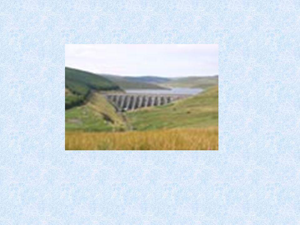 ΘΕΜΑ 2ο : ΦΡΑΓΜΑΤΑ 1.ΠΡΟΛΟΓΟΣ: ύδρευσηάρδευσηπαραγωγή ενέργειας βιομηχανική χρήση Η γρήγορη τεχνολογική ανάπτυξη όλων σχεδόν των χωρών του κόσμου τον 20ο αιώνα, συνοδεύτηκε με μεγάλες απαιτήσεις σε νερό για ύδρευση, άρδευση, παραγωγή ενέργειας και βιομηχανική χρήση.