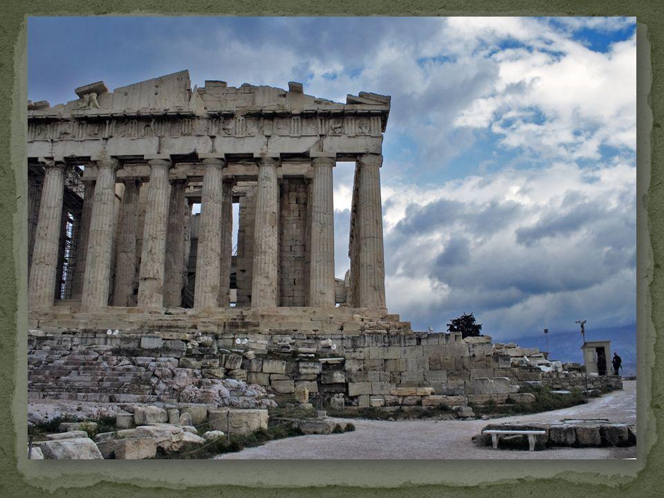 Κατά την επιδρομή των Ερούλων, ο ναός πυρπολήθηκε και το εσωτερικό του καταστράφηκε.