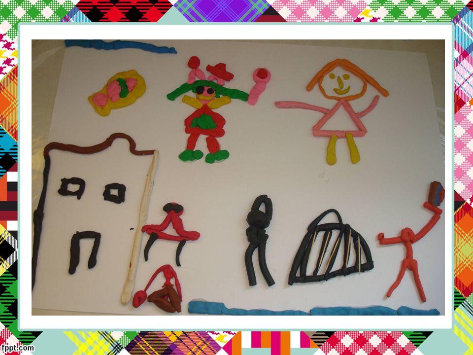 Στο τέλος για να τους ευχαριστήσουν τα παιδιά αφηγήθηκαν παραμύθια, δραματοποίησαν παραμύθια και έφτιαξαν από ένα δώρο στον καθένα ξεχωριστά.