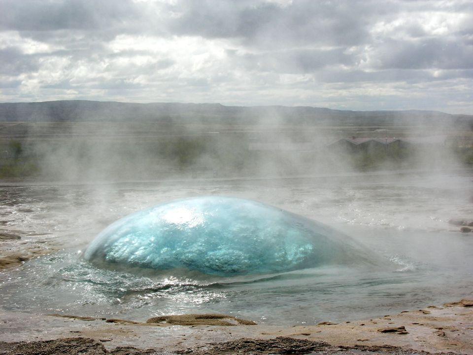 Το geyser του Strokkur εκρήγνυται κάθε 8 λεπτά