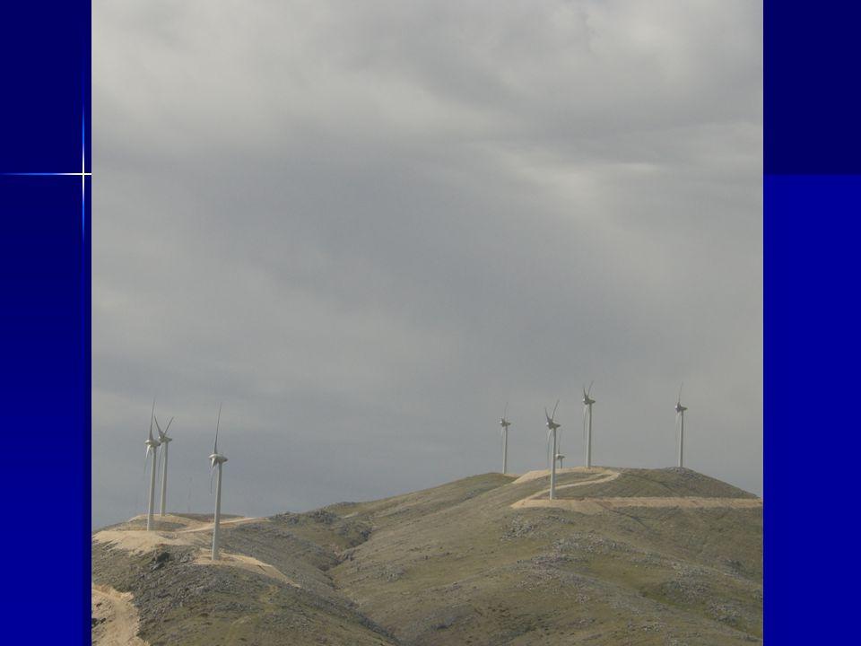 Η αιολική ενέργεια αποτελεί μια ελκυστική λύση για την παραγωγή ηλεκτρικής ενέργειας με τις ανεμογεννήτριες.