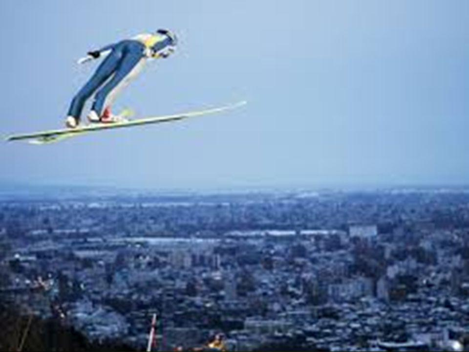 snowboarding Το snowboarding είναι ένα άθλημα που περιλαμβάνει την κατάβαση με ειδική σανίδα από ένα κεκλιμένο επίπεδο που είναι καλυμμένο με χιόνι.