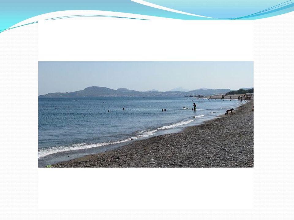 Παραλία Άγιος Παύλος Η παραλία του Άγιου Παύλου βρίσκεται στον μικρό ομώνυμο όρμο νότια από την Ακρόπολη της Λίνδου.