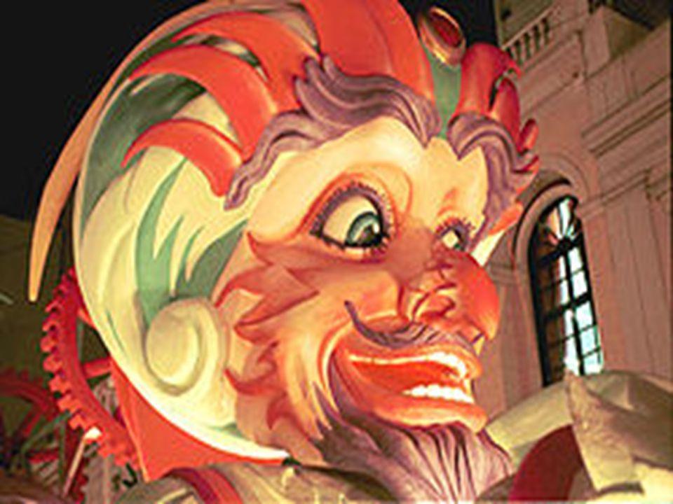 Α΄ ΟΜΑΔΑ: ΓΑΜΟΣ ΤΗΣ ΓΙΑΝΝΟΥΛΑΣ ΤΗΣ ΚΟΥΛΟΥΡΟΥΣ Η Γιαννούλα η Κουλουρού ανήκε στους λαϊκούς χαρακτήρες της παλιάς Πάτρας του Μεσοπολέμου, που έμενε στην πάνω πόλη.
