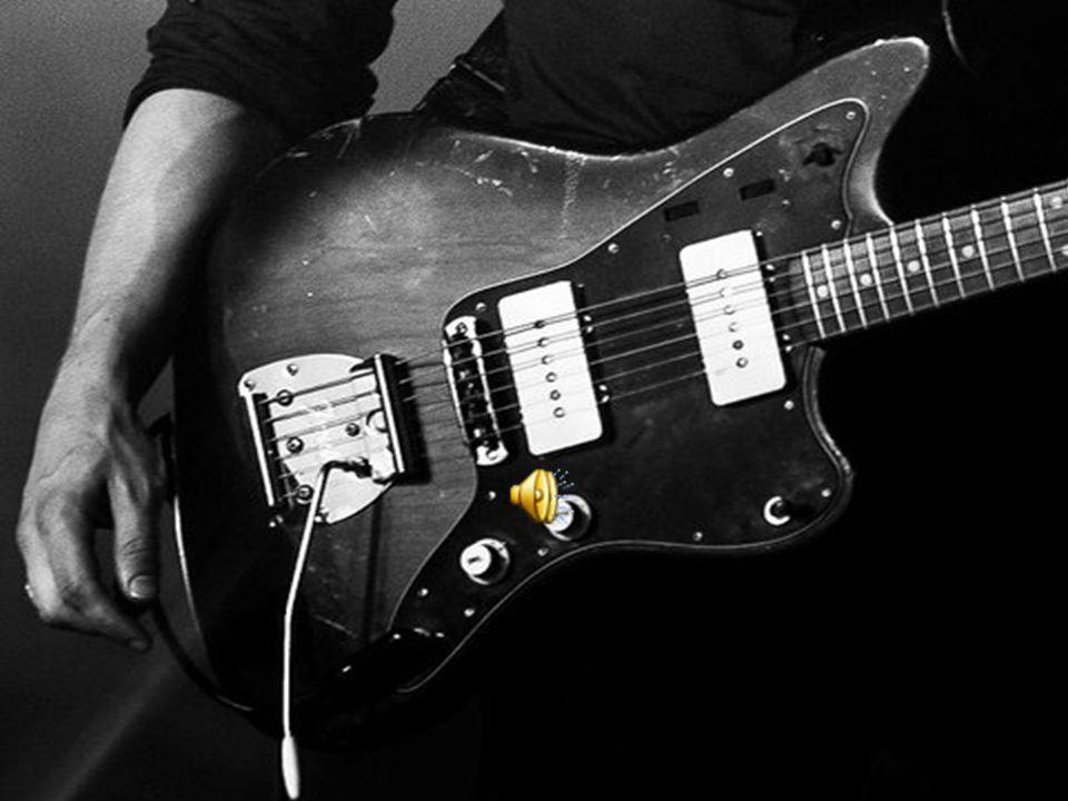 Οι Πυξ Λαξ ήταν ελληνικό εναλλακτικό μουσικό συγκρότημα, που είχε αξιοσημείωτη επιτυχία κατά τη δεκαπενταετή δισκογραφική πορεία του, έχοντας στο ενεργητικό του δώδεκα χρυσούς και πλατινένιους δίσκους [1].