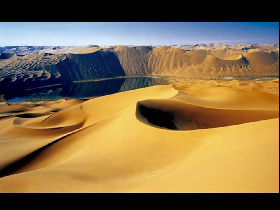 Σήμερα, είναι δύσκολο να κατανοήσεις ένα έρημο τοπίο, στεγνό, χωρίς βροχή, που κυριαρχείται από τεράστιους αμμόλοφους, είναι διάστικτο με λίμνες που τροφοδοτούνται για αιώνες με περίεργο τρόπο.