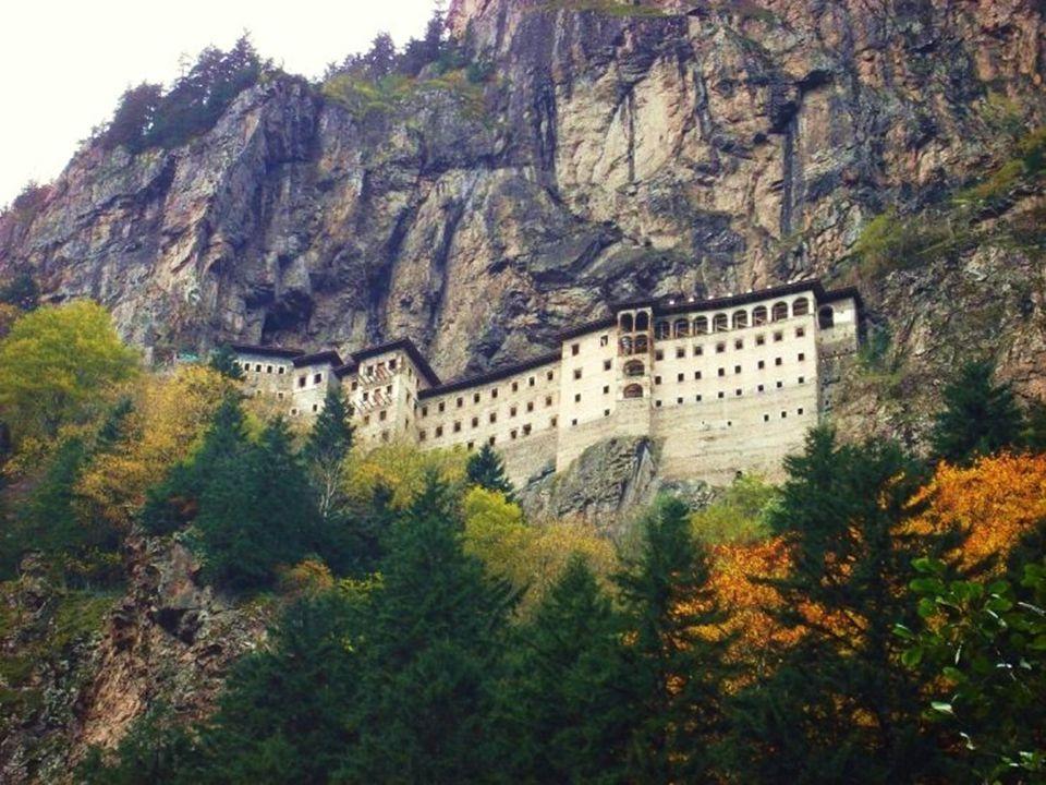 El monasterio de Panagia Sumela la Noreste de Turquía.