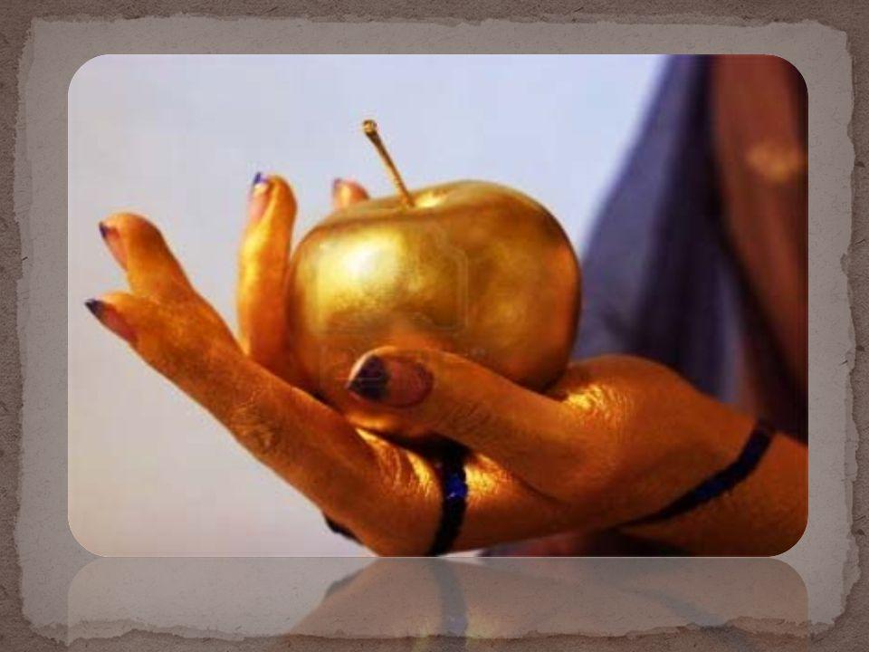 Όταν πια έφτασαν στον Πάρη για να τον καλοπιάσουν οι θεές του υποσχέθηκαν κάποια δώρα.