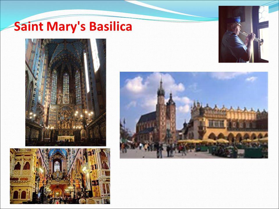 Saint Mary's Basilica Κατόπιν περπατήσαμε μέχρι την κεντρική πλατεία και ξεναγηθήκαμε στον γοτθικού ρυθμού ναό Saint Mary's Basilica. Διαθέτει δυο χαρ
