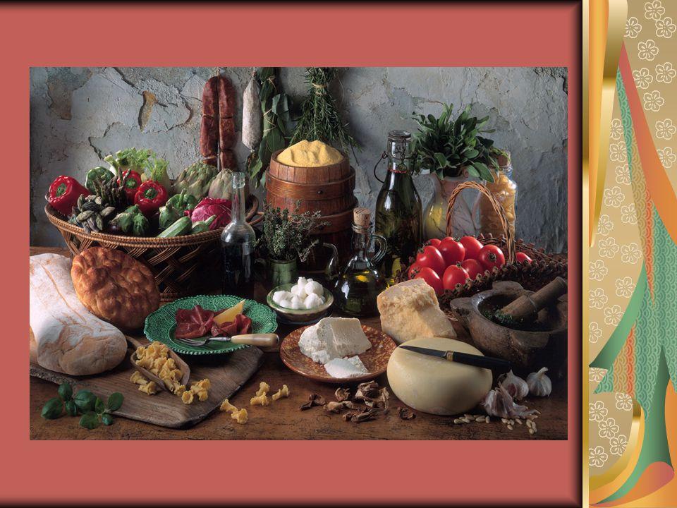 ΤΑ ΘΡΕΠΤΙΚΑ ΣΥΣΤΑΤΙΚΑ ΚΑΙ ΤΑ ΟΦΕΛΗ ΤΗΣ ΜΕΣΟΓΕΙΑΚΗΣ ΔΙΑΤΡΟΦΗΣ  Τα πλεονεκτήματα είναι πολλά όσον αφορά την ποικιλία τροφίμων που είναι απολαυστική και υγιεινή.