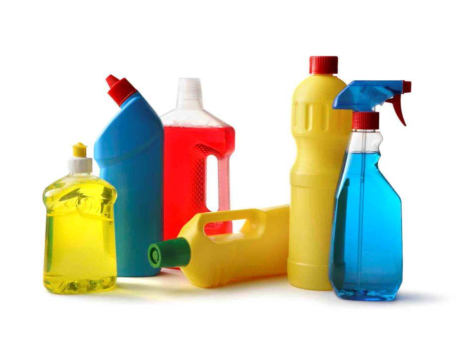 Επιπτώσεις χημικών για το περιβάλλον Η χρήση των χημικών καθαριστικών κρύβει πολλούς κινδύνους και περιβαλλοντικές συνέπειες.