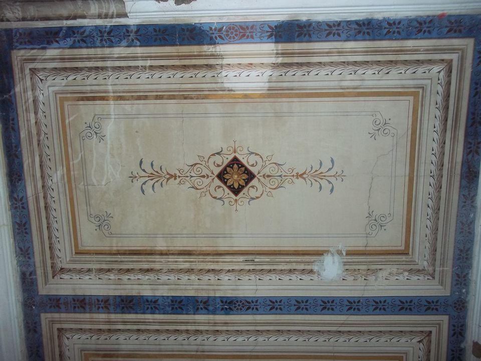ΑΡΧΟΝΤΙΚΟ ΚΟΝΤΟΥ Από το 1930 ως το 1940 το σπίτι κατοικήθηκε από τις οικογένειες Ολυμπίου, Δημητριάδη και Ν.