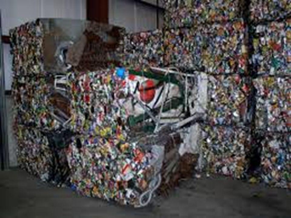 H Χρησιμότητα της Ανακύκλωσης 1.000 κιλά ανακυκλωμένου γυαλιού εξοικονομούν περίπου 12 κιλά πετρέλαιο 2.200 κιλά κορμών δέντρων μας δίνουν 1.000 κιλά χαρτιού 1.000 κιλά ανακυκλωμένου χαρτιού εξοικονομούν 130 ~ 170 κιλά πετρέλαιο 1 κουτί από αλουμίνιο μπορείτε: να ακούσετε ραδιόφωνο για 4 ώρες, να ανάβει μια λάμπα 60 Watt για 5 ώρες, να λειτουργεί ένα ψυγείο για 4 ώρες