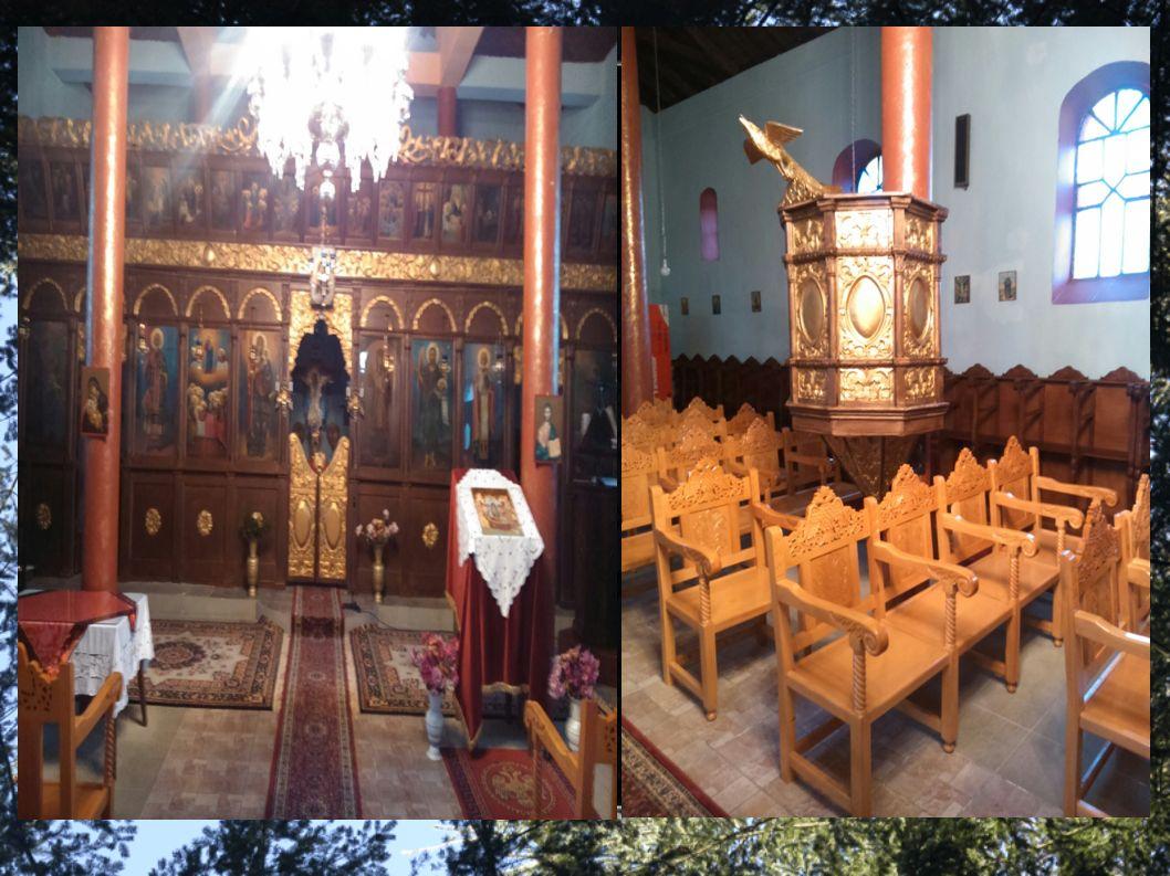 Οι χωριανοί επέλεξαν να αφιερώσουν το ναό στην Παναγία.