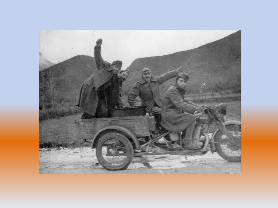 Ο εμφύλιος σπαραγμός στοίχισε τη ζωή σε περισσότερους από 50.000 Έλληνες… Οι υλικές καταστροφές υπήρξαν ανυπολόγιστες… Το μίσος δηλητηρίασε τις καρδιές των Ελλήνων… 27 Οχτωβρίου 1948 Εδώ τ' αγκάθια είναι πολλά- αγκάθια καστανά, κίτρινα αγκάθια, σ' όλο το μάκρος της μέρας, ως μέσα στον ύπνο.