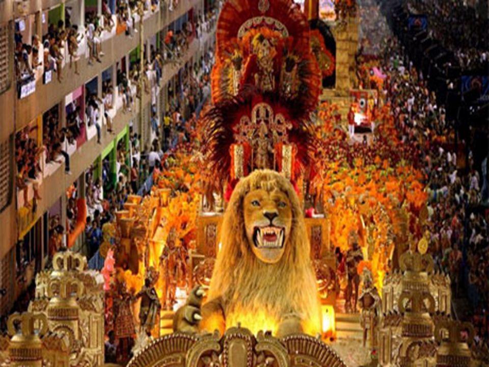 Απόκριες στην Αμερική (Halloween) Ο όρος Halloween είναι συνεπτυγμένη μορφή των λέξεων All-Hallow-even και σημαίνει το «Βράδυ πριν από την Ημέρα των Αγίων Πάντων», που γιορτάζεται την 1η Νοεμβρίου στις καθολικές χώρες.