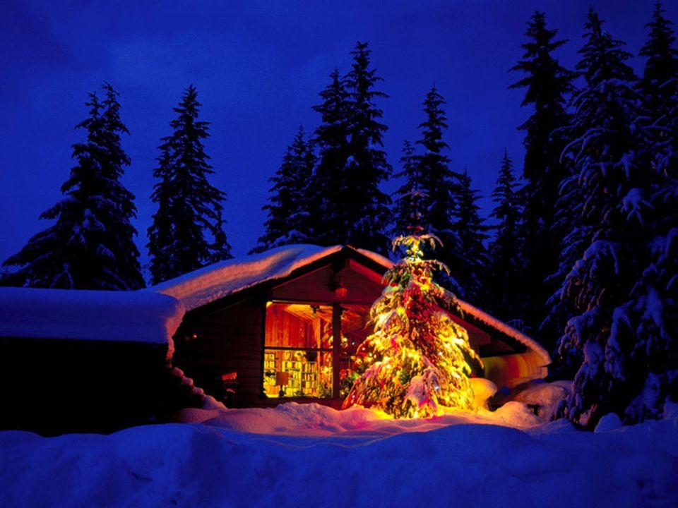 Στην Ιταλία η περίοδος των Χριστουγέννων έχει τη μεγαλύτερη διάρκεια από όλες τις άλλες των χριστιανικών χωρών. Αρχίζει από τις 8 Δεκεμβρίου και ολοκλ