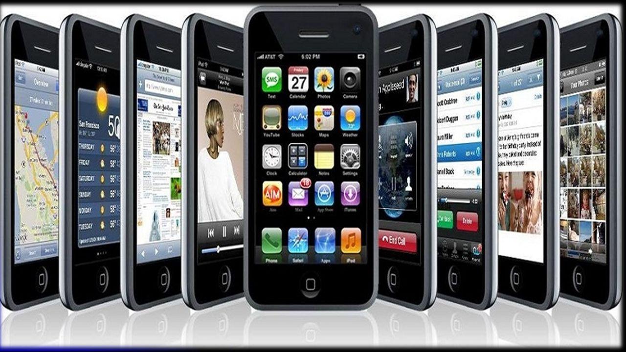 IΣΤΟΡΙΚΗ ΕΞΕΛΙΞΗ  Η περιπέτεια της κινητής τηλεφωνίας ξεκίνησε αμέσως μετά τον Β Παγκόσμιο Πόλεμο, με τις πρώτες προσπάθειες των Σουηδών, Φιλανδών και Αμερικανών.