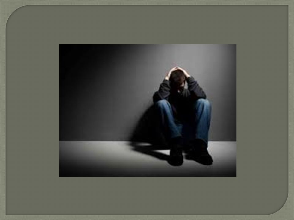  Υποστηρικτική και συμπτωματική θεραπεία ιδιαίτερα του αναπνευστικού (διασωλήνωση της τραχείας, μηχανικός αερισμός αν παραστεί ανάγκη)  Έμετος και πλύση στομάχου εντός 2 ωρών από την λήψη  Χορήγηση ενεργού άνθρακα  Κάθαρση εντέρου  Υπάρχει ειδικό αντίδοτο η φλουμαζενίλη, που όμως έχει το μειονέκτημα του μικρού χρόνου ημίσειας ζωής.