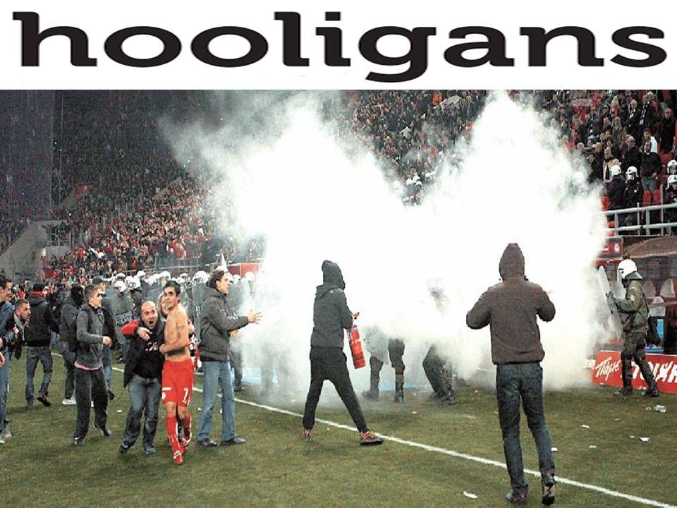 Ετυμολογία χουλιγκανισμού Ο χουλιγκανισμός ονομάστηκε έτσι από τον όρο hooliganism που χρησιμοποιείται από τη δεκαετία του 1890 για να χαρακτηρίσει τη συμπεριφορά συμμοριών των δρόμων.