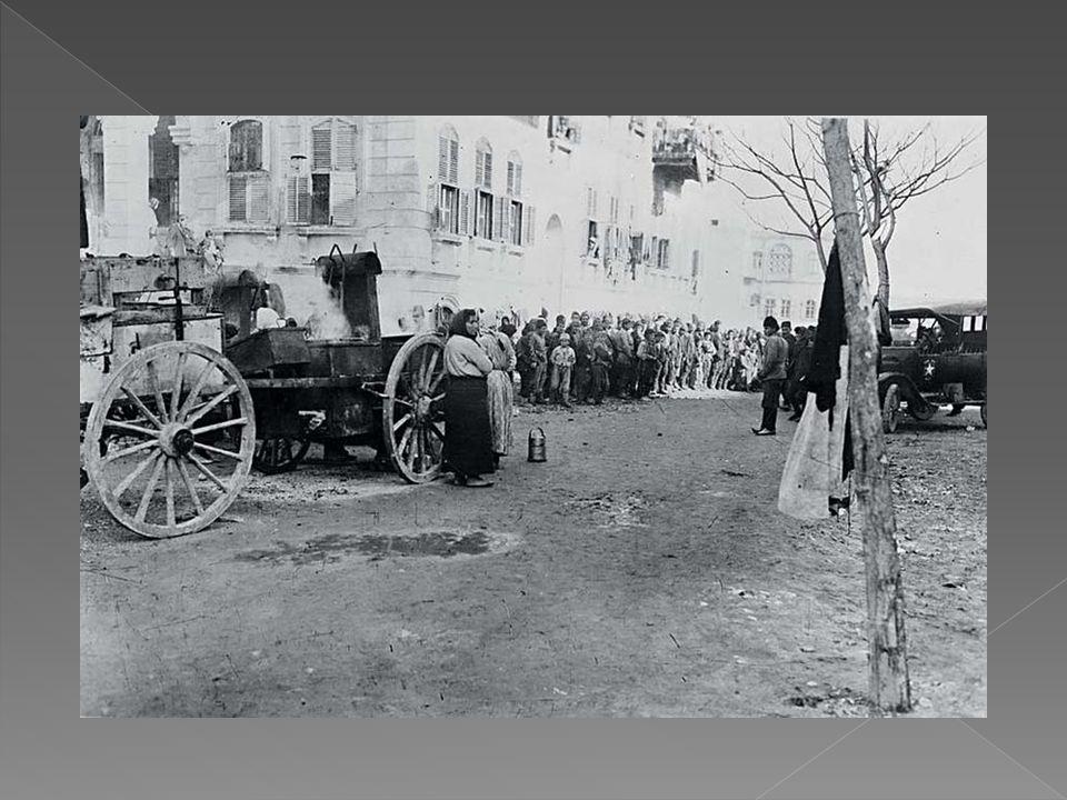 Από το 1922 Η πιο μαζική περίπτωση Ελλήνων προσφύγων, που αναζητούν άσυλο στη Συρία, καταγράφεται αμέσως μετά τη Μικρασιατική Καταστροφή.