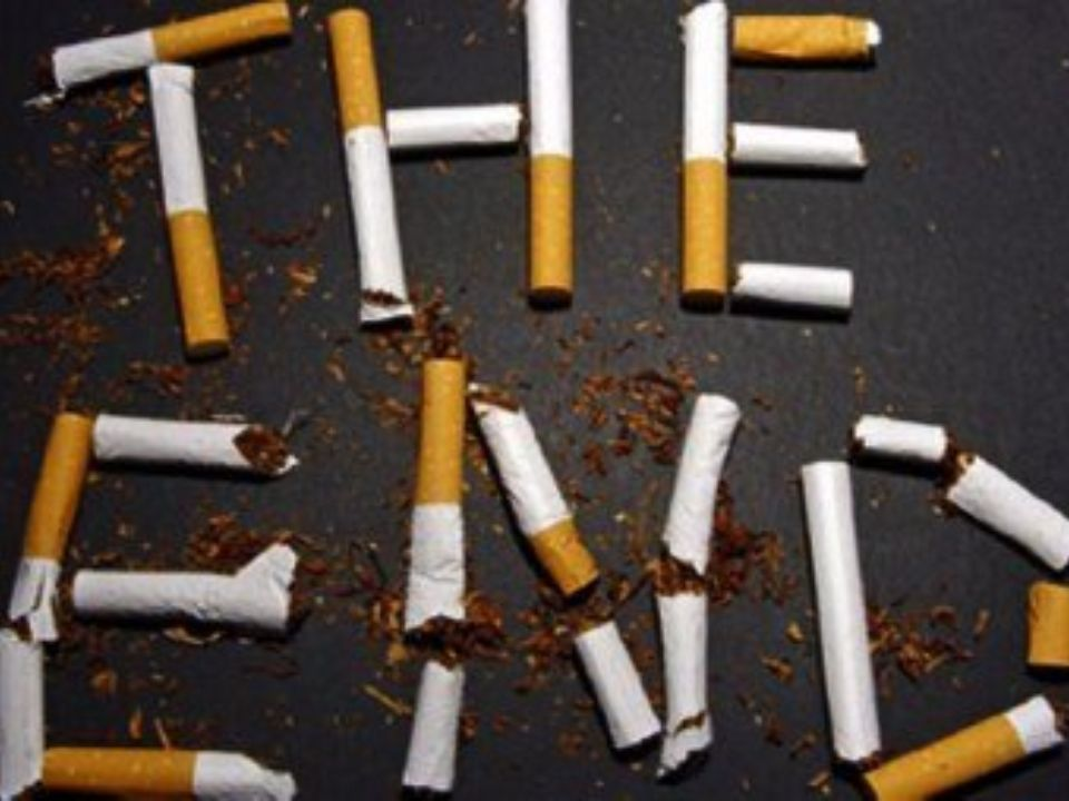 http://www.bestrong.org.gr/el/cancer/basicde tails/whatcausescancer/chemicalfactors/tobac cosmoking/ http://2lyk- laris.lar.sch.gr/autosch/joomla15/images/pdf_f iles/201213/kapnisma.pdf http://www.totalfitness.gr/2013/01/pos-na- kopsw-to-kapnisma.html