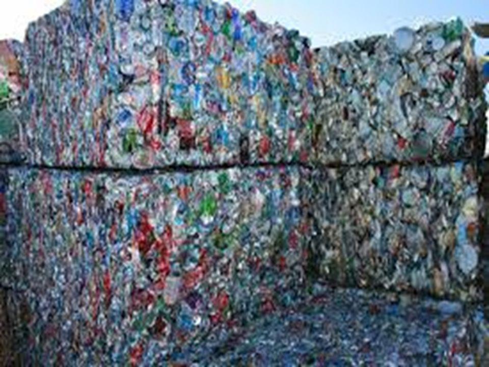 Το 2010 η Ελλάδα βρισκόταν στην τελευταία θέση στην Ευρωπαϊκή Ένωση ως προς την ανακύκλωση.