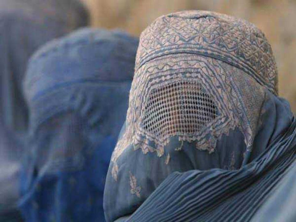 Ονειρεύομαι ότι τα βάσανα των πολλών κρυμμένων και καλυμμένων γυναικών, του Αφγανιστάν, της Παλαιστίνης, του Μαρόκου, και της Αφρικής θα σταματήσουν και θα βασιλεύσει η δικαιοσύνη σε όλα τα εδάφη, όπου σήμερα, οι γυναίκες είναι συνώνυμες με την ντροπή.