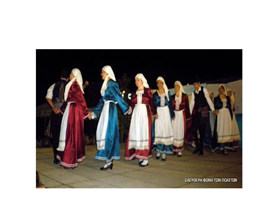 ΕΙΔΗ ΧΟΡΩΝ Οι άνθρωποι επινόησαν διάφορα είδη χορών : Θρησκευτικοί, πολεμικοί, γυμναστικοί, θεατρικοί, συμποσίων, γάμων ή και πένθιμων τελετών.Οι Ελληνικοί Παραδοσιακοί χοροί είναι ευθέως συνυφασμένοι με την Ελληνική ιστορική εξέλιξη σε βάθος 2.700 ετών.