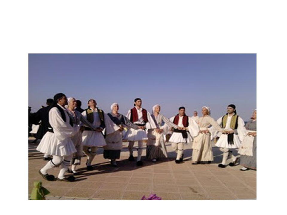 ΟΜΑΔΑ 2 (Σκορδάκη Μαρία,Σκορδάκη Παναγιώτα,Σταθακοπούλου Κατερίνα,Τζιώλου Κωνσταντίνα) Παραδοσιακοί Χοροί Μικράς Ασίας Με τον όρο Μικρά Ασία εννοείται η χερσόνησος που προεκτείνεται δυτικά της ασιατικής ηπείρου σε μια νοητή γραμμή που ξεκινά από τον κόλπο της Αλεξανδρέττας (Ισσός) έως την Τραπεζούντα της Μαύρης Θάλασσας.