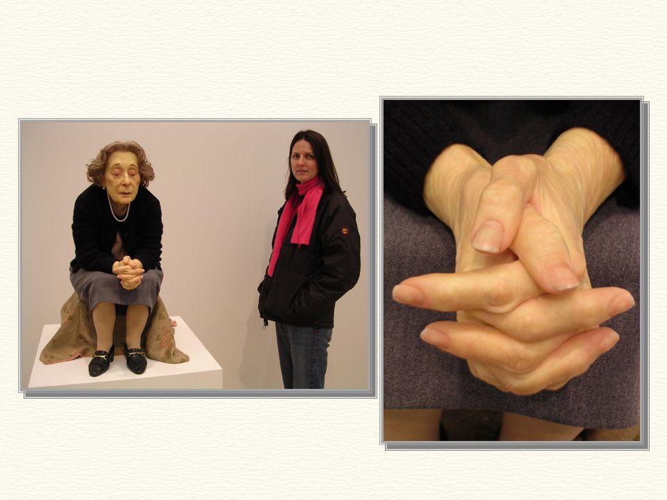 «Καθισμένη Γυναίκα» 1996 1,76μ. ύψος Μπορείτε να διανοηθείτε ότι αυτή η κυρία είναι ένα γλυπτό;