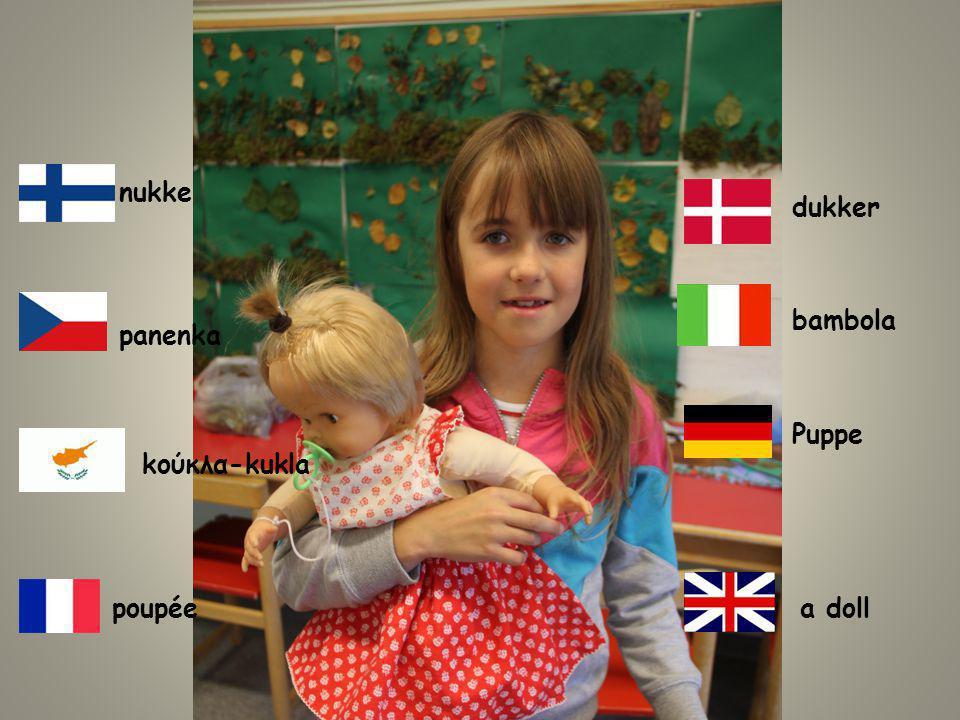nukke panenka kούκλα-kukla bambola dukker a dollpoupée Puppe