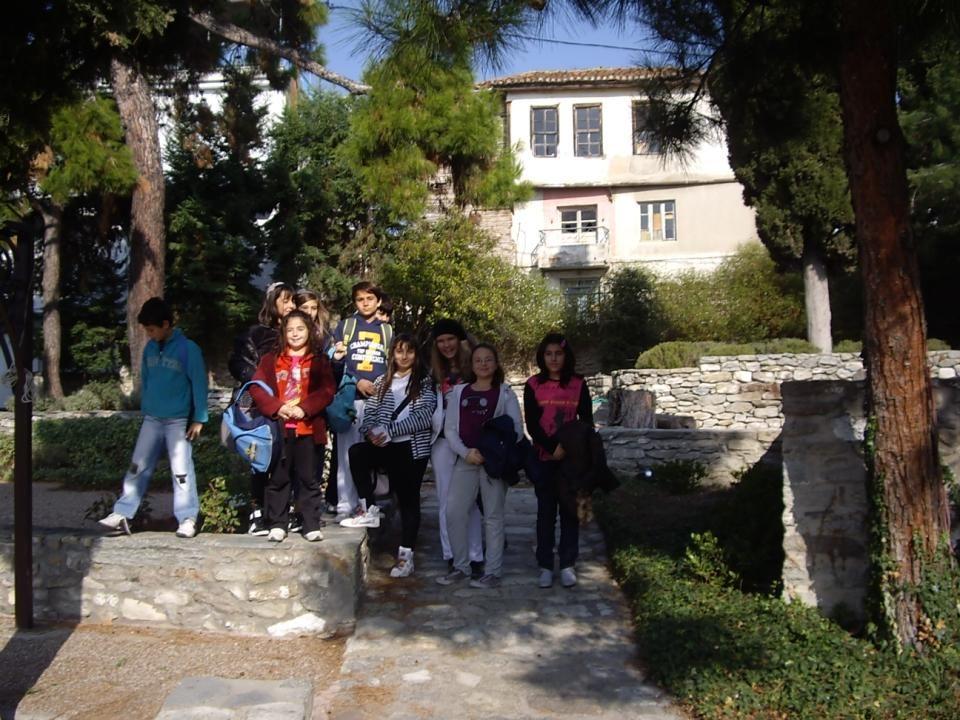 Το σπίτι της οικογένειας του Μεχμέτ Αλή, αυτό δηλαδή στο οποίο γεννήθηκε και μεγάλωσε, κτίστηκε στα 1720 και σώζεται, μέχρι σήμερα, σε πολύ καλή κατάσταση.