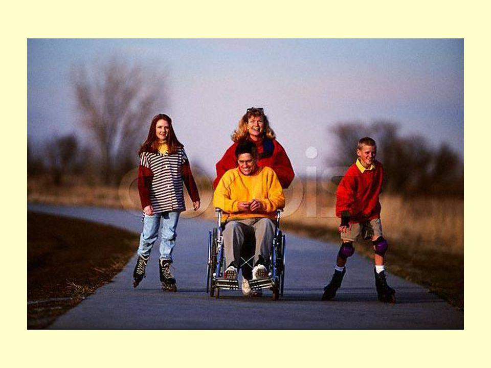 Τα παιδιά κινδυνεύουν περισσότερο γιατί δεν υπολογίζουν εύκολα την ταχύτητα των οχημάτων.
