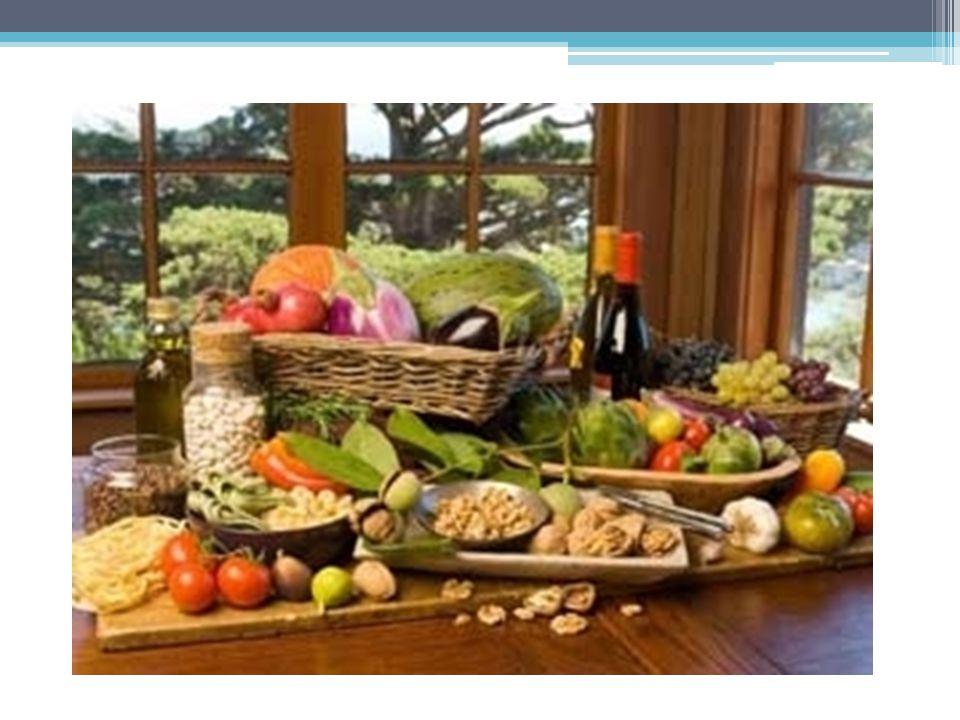 ΠΛΗΡΟΦΟΡΙΕΣ Η Παραδοσιακή Μεσογειακή Διατροφή, ύστερα από μελέτες και στη χώρα μας και αλλού, έχει αποδειχτεί η πιο υγιεινή διατροφή.