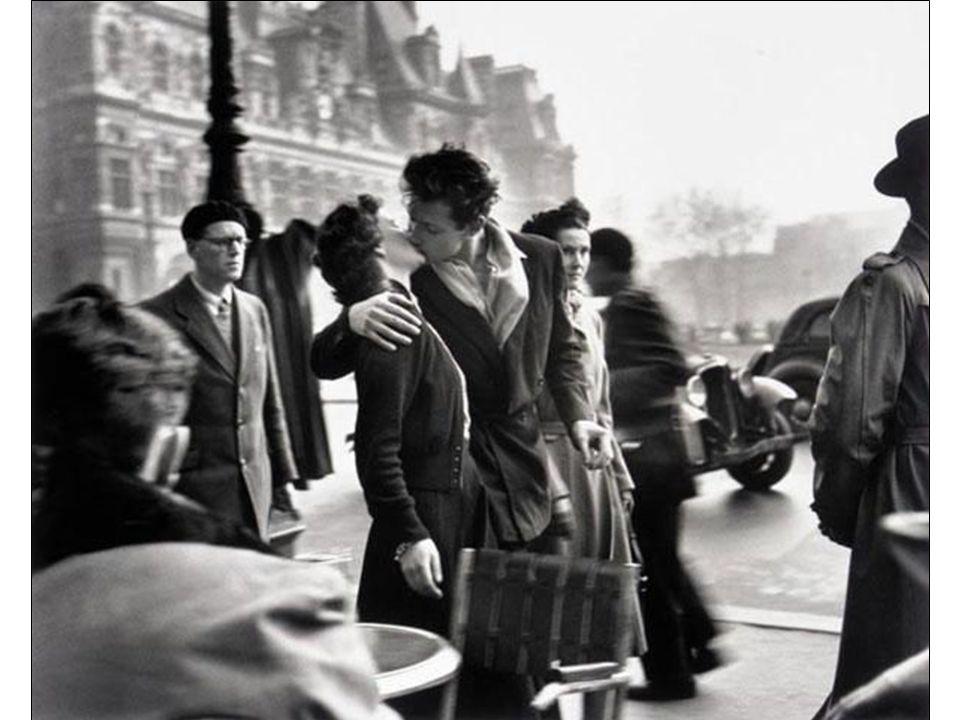 Robert Doisneau est probablement le photographe français le plus connu dans le monde entier notamment grâce à des photos comme « le Baiser de l'hôtel