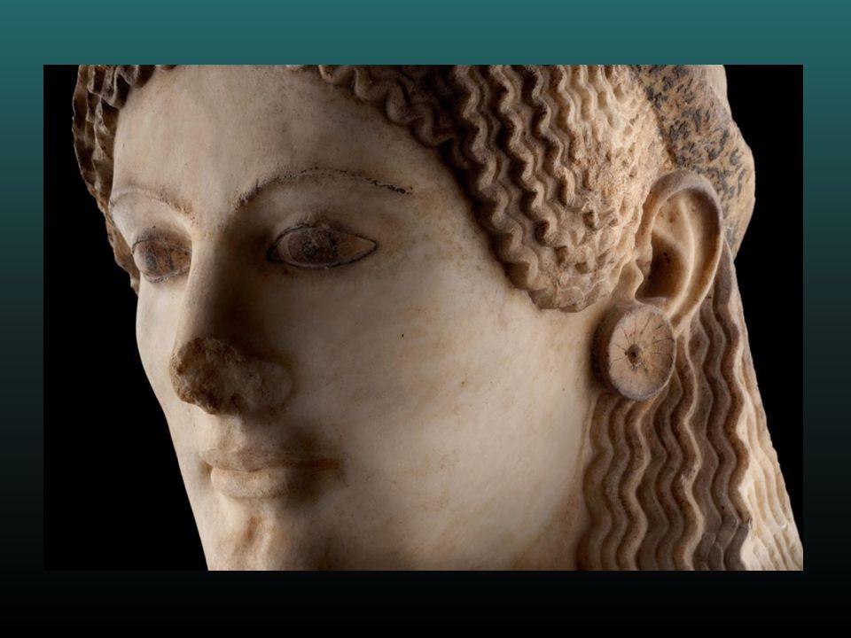 Μετά από χρόνια καθυστερήσεων και αντιπαραθέσεων, οι αρχαίοι θησαυροί της Ακρόπολης των Αθηνών, ανυπολόγιστης αξίας, βρήκαν το χώρο που τους αξίζει σε ένα υπέροχο νέο μουσείο που εγκαινιάστηκε στις 21 Ιουνίου 2009.