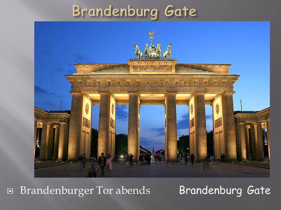 Brandenburger Tor abends Brandenburg Gate