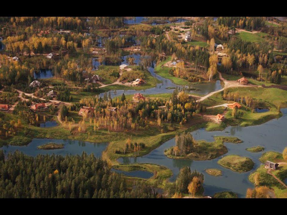 Η περιοχή Amatciems απέχει 80 χλμ από την Riga, την πρωτεύουσα της Λετονίας, και 12 χλμ από το Cēsis μια πόλη 20.000 κατοίκων.