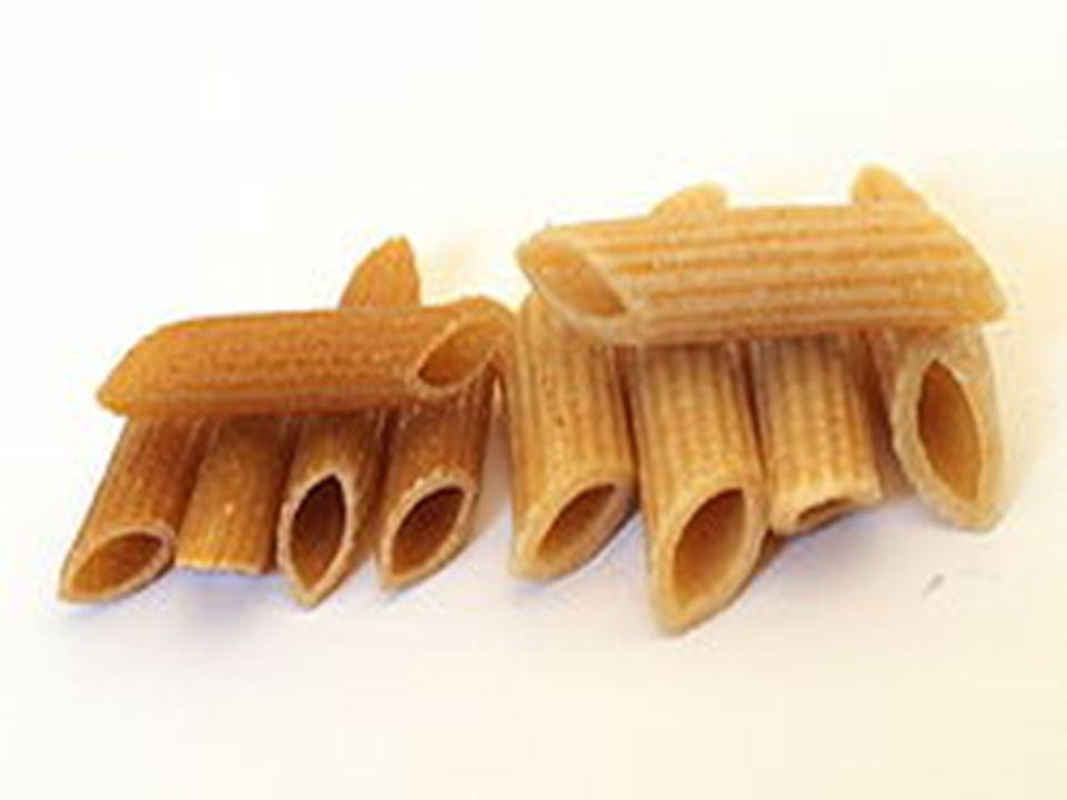  Penne Στην Ιταλία, παράγονται σε δύο βασικές παραλλαγές: πέννες lisce (λεία) και «πένες Rigate» (αυλάκια), η τελευταία έχει κορυφογραμμές σε κάθε penna.