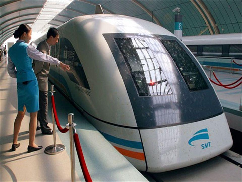 Το τραίνο αποτελείται από ειδικά οχήματα που κινούνται πάνω σε σιδηροδρομικές γραμμές.
