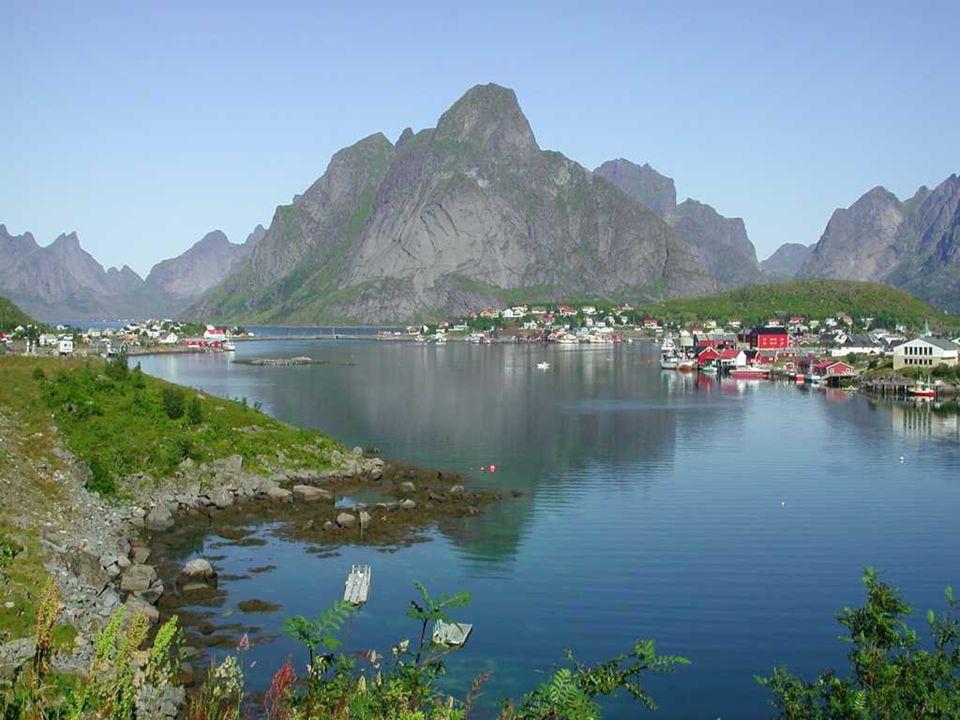 ΝΗΣΙΑ LOFOTEN Τα νησιά Lofoten είναι ένα αρχιπέλαγος και μια περιοχή της Νορβηγίας.