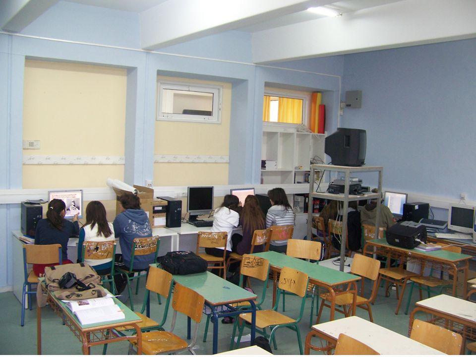 Γυμνάσιο Διονύσου Αττικής «Φώτης Κόντογλου» Τάξη Γ΄ Μάρτιος 2009 Ποίημα Κ. Π. ΚΑΒΑΦΗ Στα 200 π.Χ.