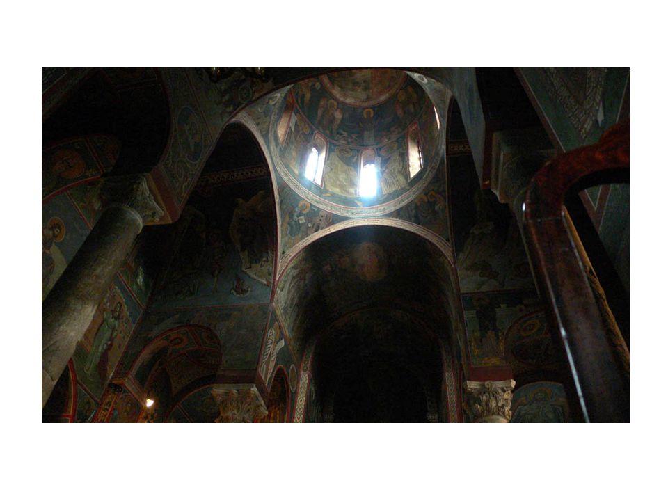 Εικονογραφία Εργάστηκε ως συντηρητής εικόνων σε μουσεία και ως αγιογράφος σε ναούς, όπως η Καπνικαρέα.
