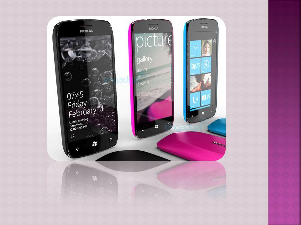  Τα smartphones συνήθως περιλαμβάνουν υψηλής ανάλυσης οθόνες αφής, προγράμματα περιήγησης στο Web που μπορούν να έχουν πρόσβαση και σωστή εμφάνιση τυ